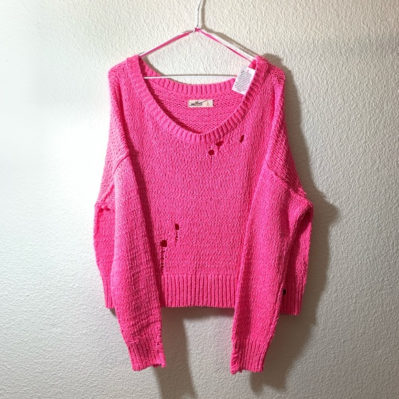 be6285d8afd Hollister - Bright Pink Distressed Sweater